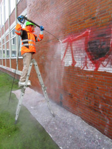 Graffitientfernung Wilfried Mutke